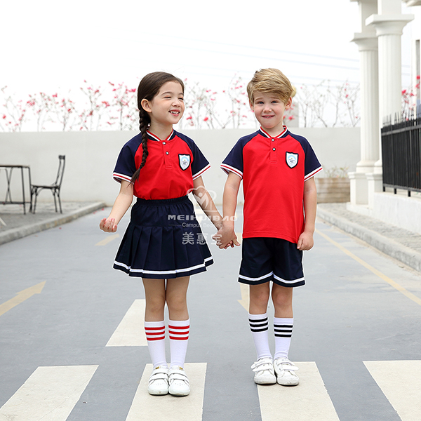 如何选择幼儿园学生校服样式