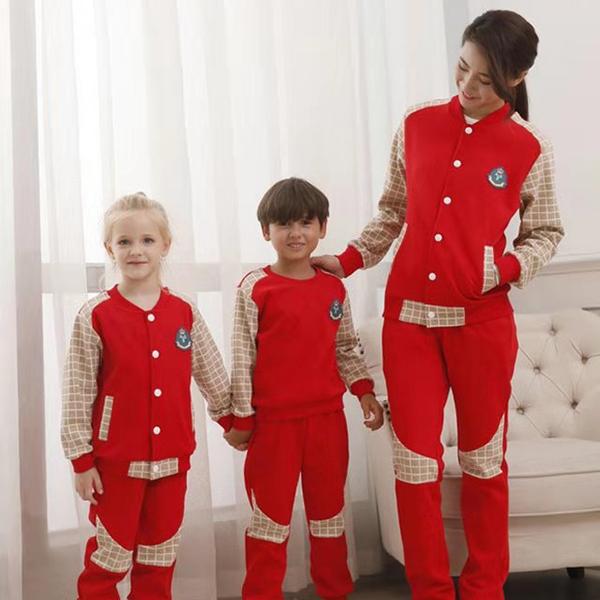 送孩子进幼儿园什么用,为何还要买幼儿园园服