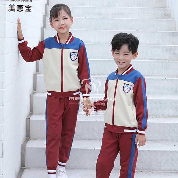 如何搭配新风格的幼儿园服装?
