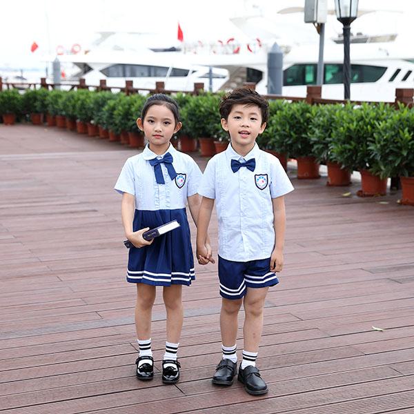 如何正确认识幼儿园园服服装标牌?
