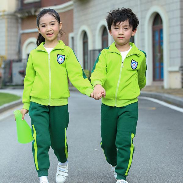 孩子冬天在幼儿园穿什么、怎么穿?