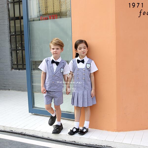 水手服校服为什么这么受日本学生欢迎