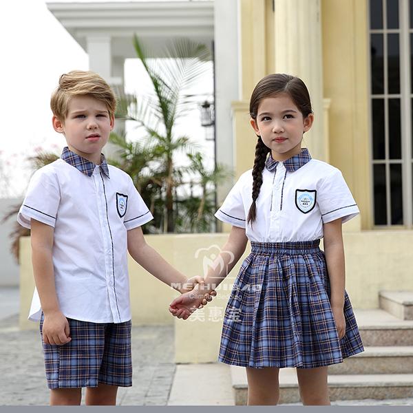 怎样为孩子选择舒服的幼儿园园服?